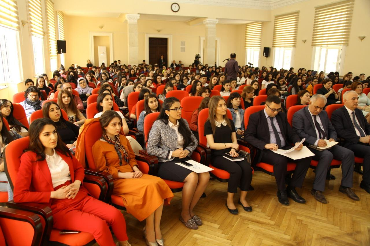 "The program ""e-citizen"" of the brand SALIS was presented at the Azerbaijan University of Languages"